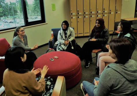 Post-election fireside chat warms chilled, anxious students